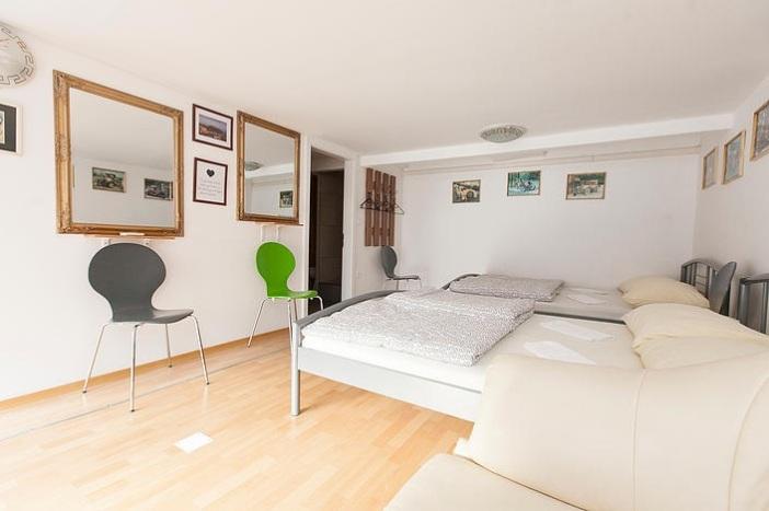 Hostel242